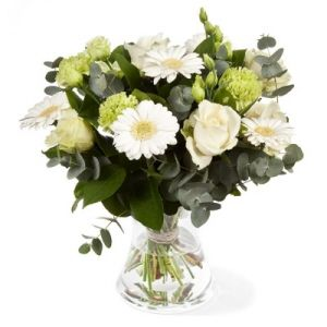 Season white bouquet